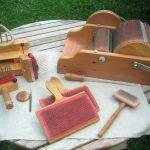 Zur Wollvorbereitung und Fasergewinnung