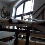 Das Fadenkreuz wird abgebunden um die geordneten Fänden zu sichern