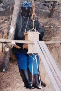 Zehenwebstuhl aus Burkina Faso